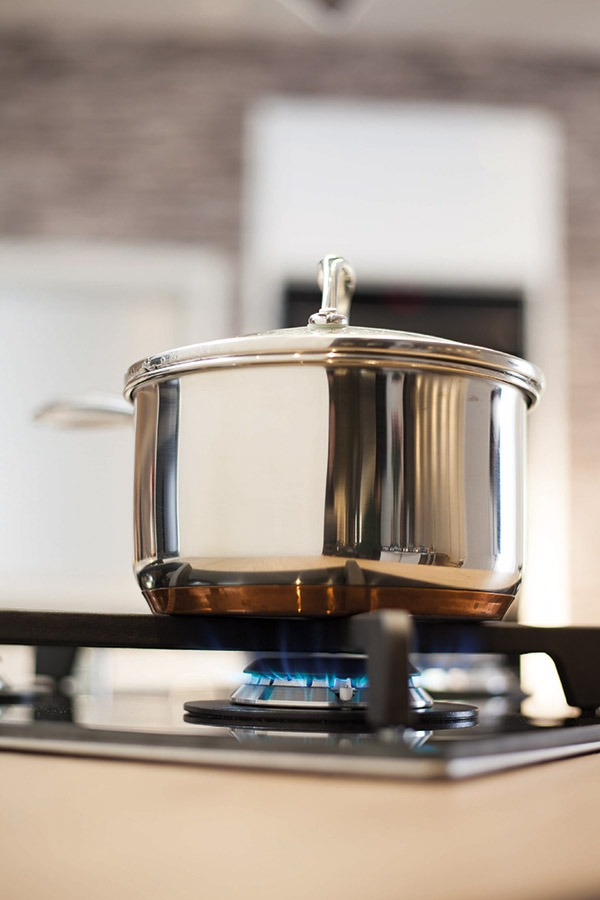 pan-cooking-on-gas-hob